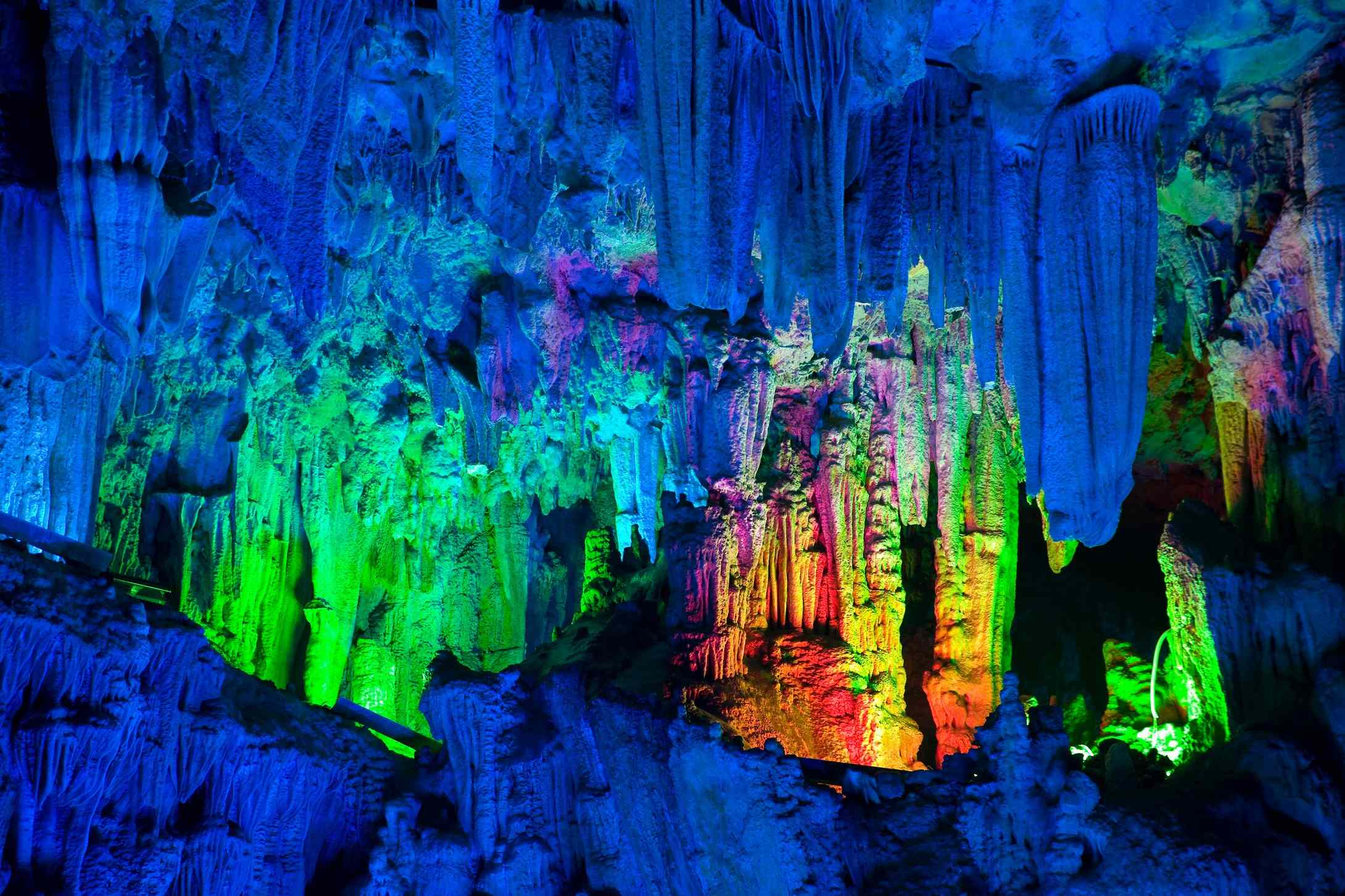 reed-flute-cave-guilin (3)